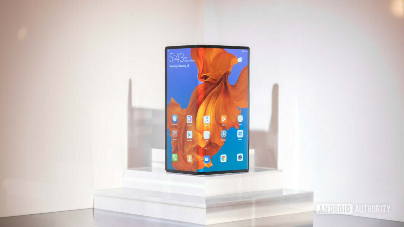 5Gに対応したAndroidスマートフォンHuawei-Mate-X-Foldable-Phone